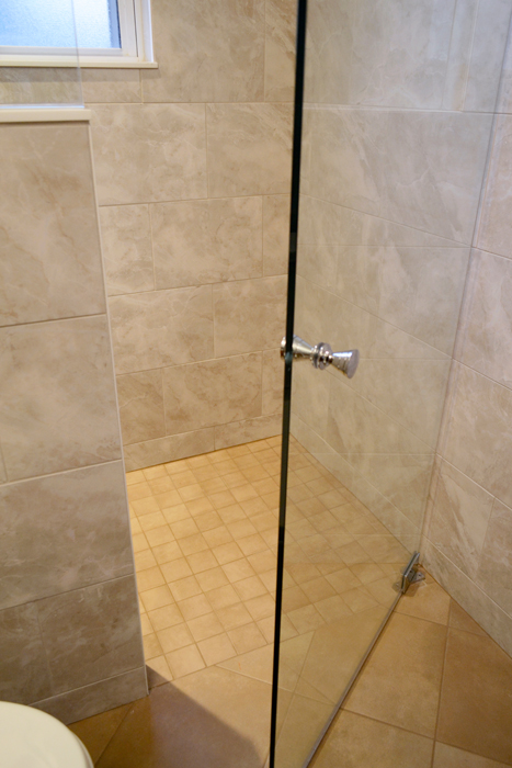 Wavy Accent Curbless Shower Wolf Custom Tile And Design